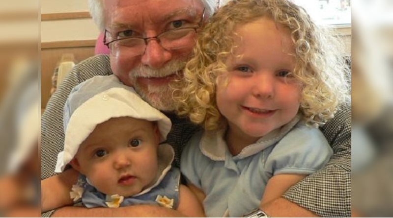 Grandjpa and granddaughers